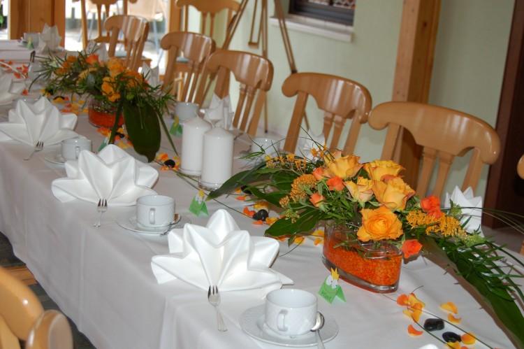 Deko Hochzeit Orange Roomoutfit Dekoration
